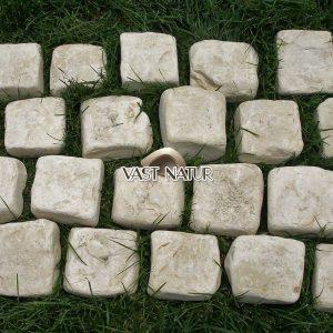 piatra-cubica-natur-1